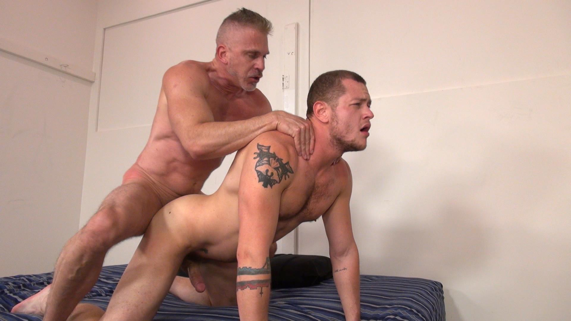 Raw-and-Rough-Sam-Dixon-and-Blue-Bailey-Daddy-And-Boy-Flip-Flip-Bareback-Fucking-Amateur-Gay-Porn-05 Blue Bailey Flip Flop Barebacking With A Hung Daddy