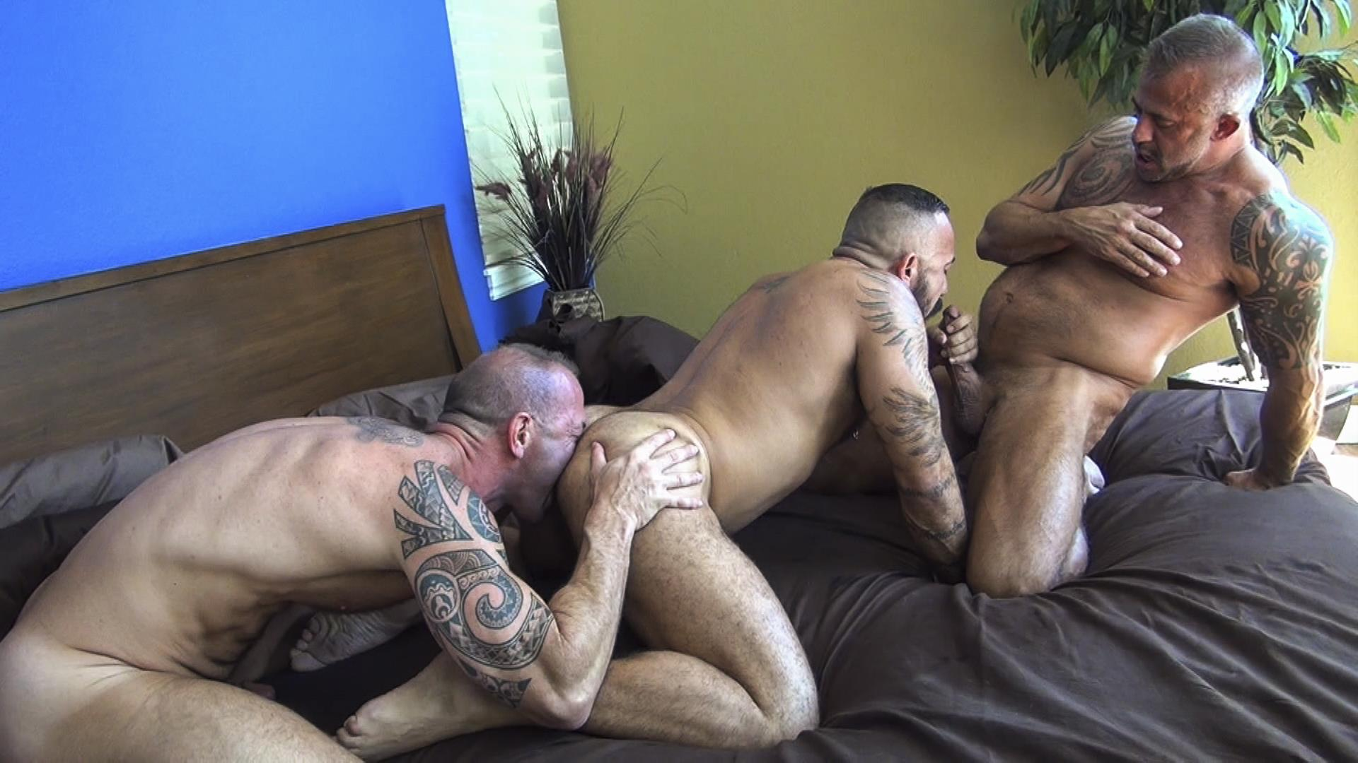 Raw-Fuck-Club-Alessio-Romero-and-Jon-Galt-and-Vic-Rocco-Hairy-Muscle-Daddy-Bareback-Amateur-Gay-Porn-7 Hairy Muscle Daddy Threeway Double Bareback Penetration