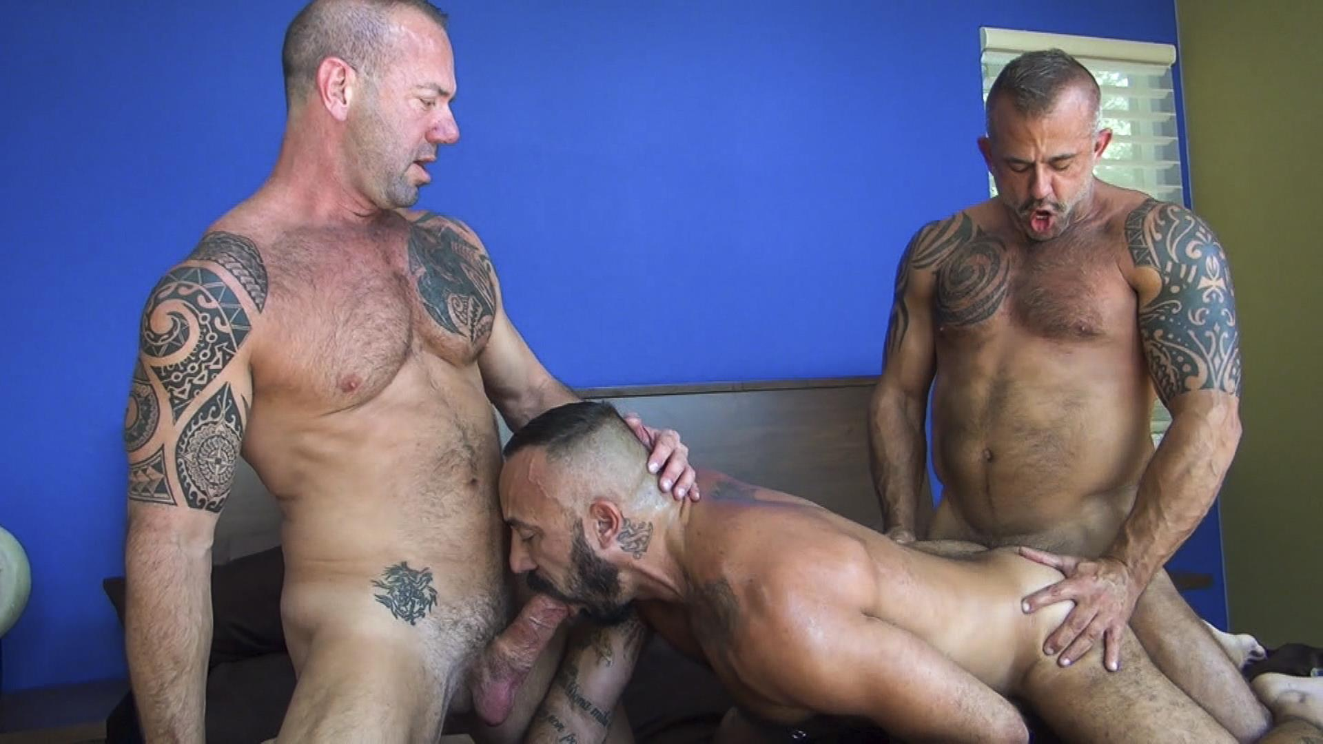 Raw-Fuck-Club-Alessio-Romero-and-Jon-Galt-and-Vic-Rocco-Hairy-Muscle-Daddy-Bareback-Amateur-Gay-Porn-8 Hairy Muscle Daddy Threeway Double Bareback Penetration