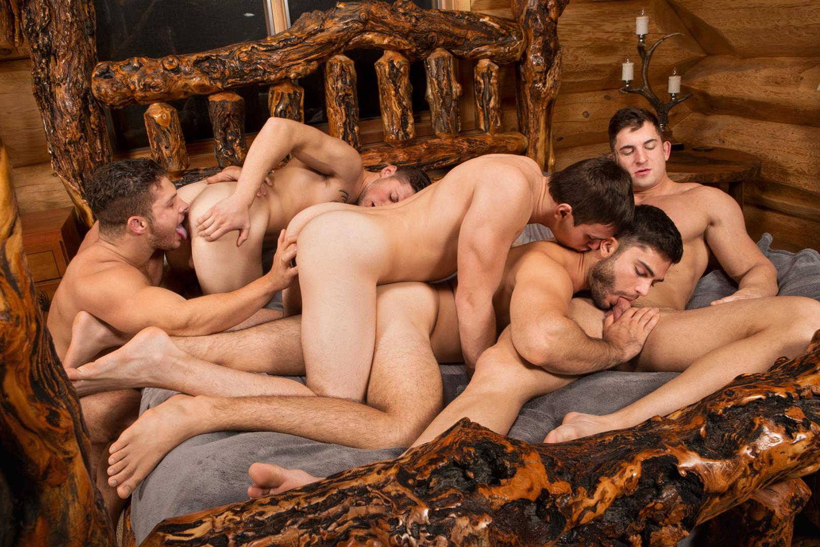 Sean-Cody-Winter-Getaway-Day-1-Big-Dick-Hunks-Fucking-Bareback-Amateur-Gay-Porn-11 Sean Cody Takes The Boys On A 8-Day Bareback Winter Getaway